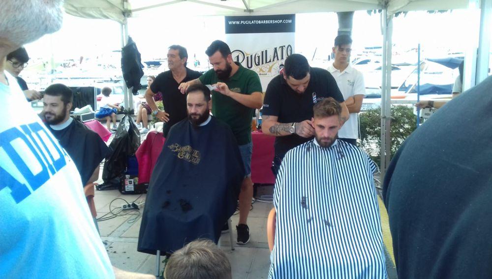 Cambrils se transforma en una barbería gigante
