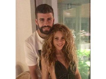 Piqué y Shakira durante su romántica cita