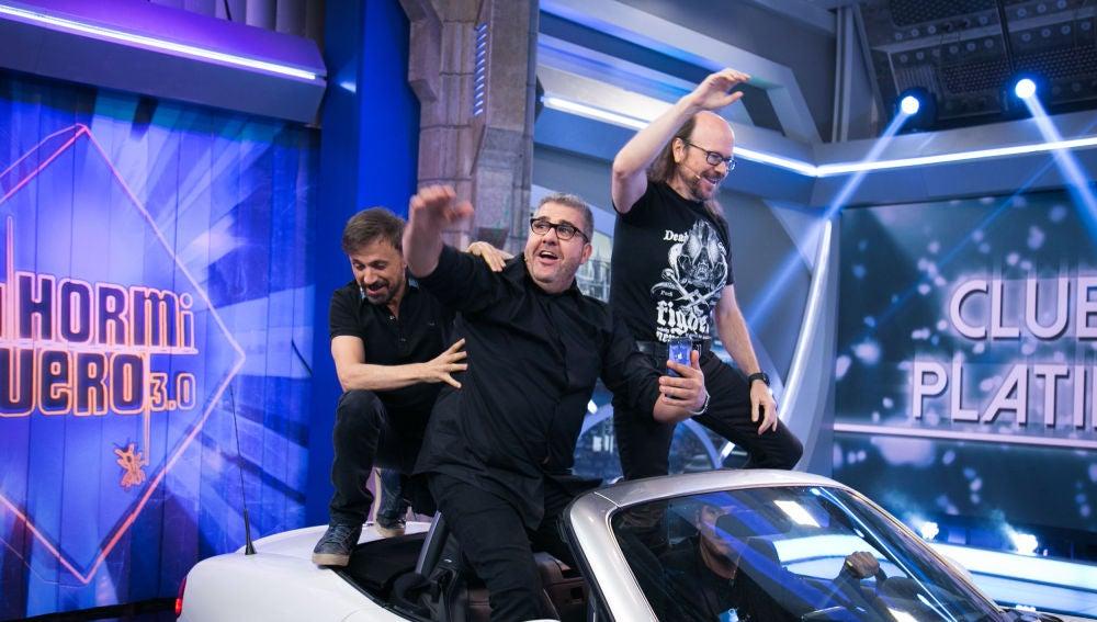 La triunfal entrada de Florentino Fernández, José Mota y Santiago Segura en 'El Hormiguero 3.0' como invitados Platino