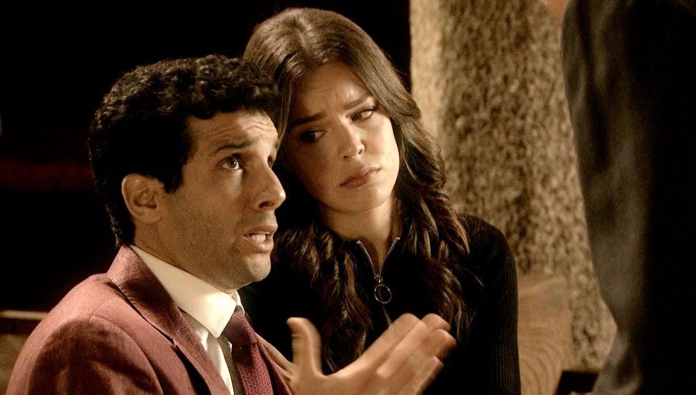 María e Ignacio se confiesan por pecar antes del matrimonio