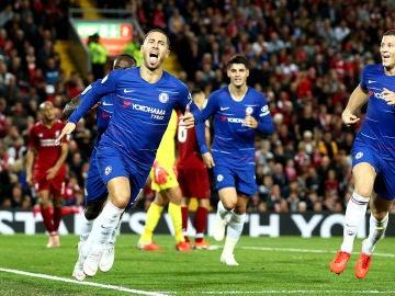Hazard celebra su golazo contra el Liverpool