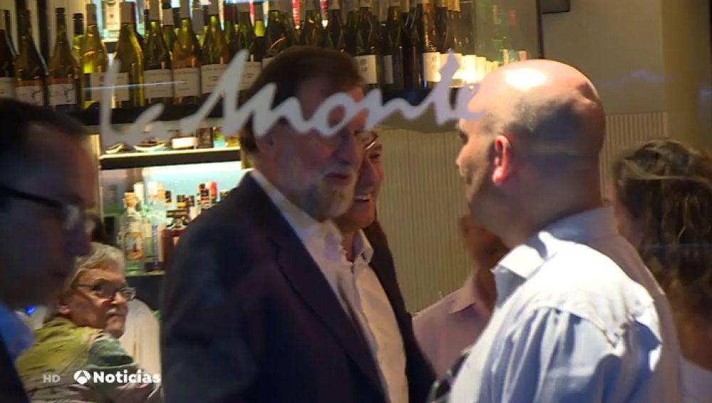 Rajoy reaparece con un almuerzo informal con dirigentes del PP como Pastor o García Egea