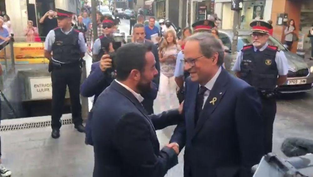 """Nuevos abucheos a Quim Torra en su visita Badalona para hablar sobre """"el ciudadano"""" Pompeu Fabra"""
