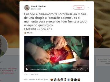 Un terremoto sorprende a un cirujano mientras opera a corazón abierto