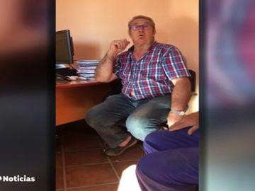 """La agresiva discusión entre una concejala y el alcalde de un pueblo de Burgos: """"Pon dos cojones y líate a hostias conmigo"""""""