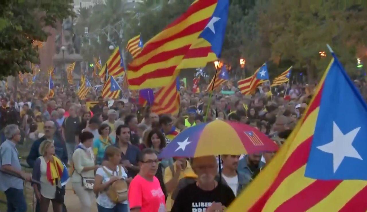 laSexta Noticias 20:00 (01-10-18) Manifestaciones y actos para recordar el 1-0 en Cataluña
