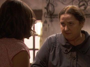 """Consuelo advierte a Marcela: """"Antolina os tiene engañados a todos, es fría y calculadora"""""""