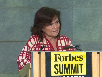Calvo defiende obligar por ley a que las mujeres ocupen puestos de liderazgo