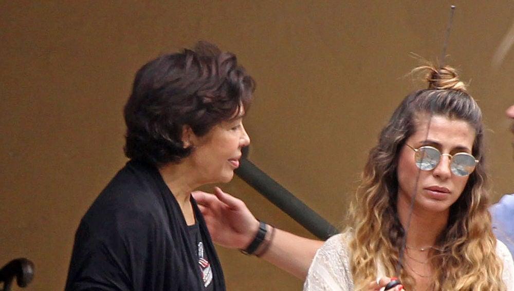 Elena Tablada junto a su madre