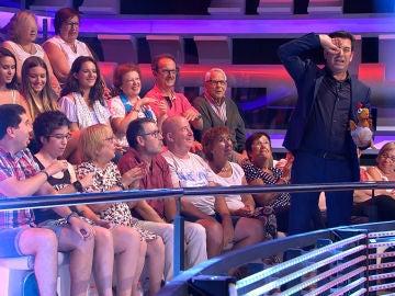 """Una señora del público a Arturo Valls: """"¡Con el sueño que tengo y me pides que   haga ese gesto!"""""""
