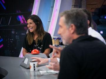 Nuria Roca y Emilio Aragón recuerdan en 'El Hormiguero 3.0' cómo fue el beso que se dieron