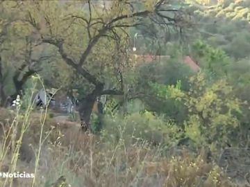 Investigan el hallazgo de los cadáveres de dos mujeres y un hombre en Coín, Málaga