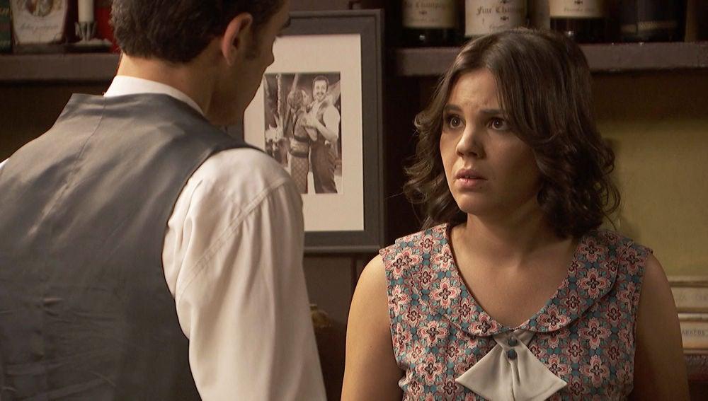 Isaac tiene que comunicar algo muy importante a Matías y Marcela