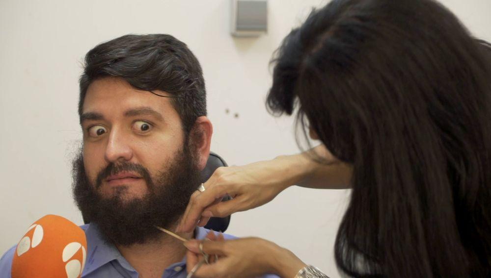 """El drama de la barba de Manu Sánchez: """"Ahora me veo raro"""""""