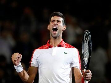Novak Djokovic celebra su triunfo