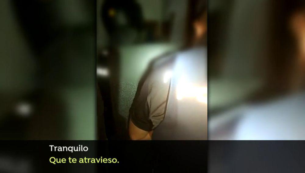 La Policía negocia con un pirómano