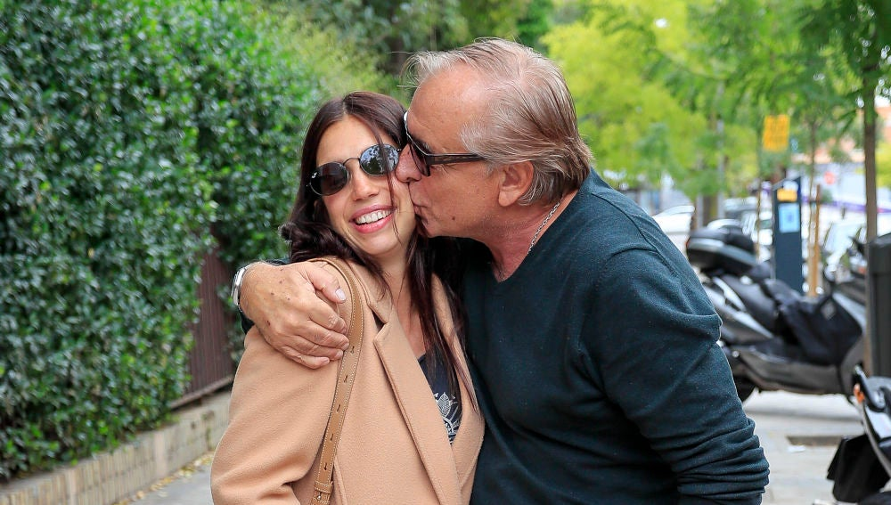 Elena Furiase junto a su padre Guillermo