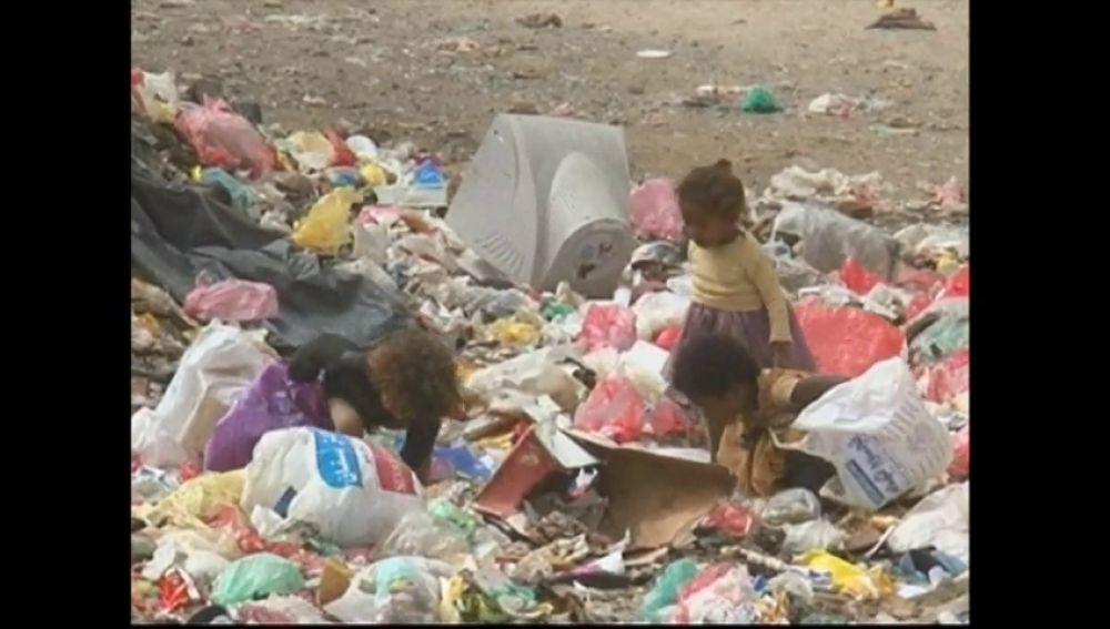 Los niños, los más afectados por la guerra civil en Yemen
