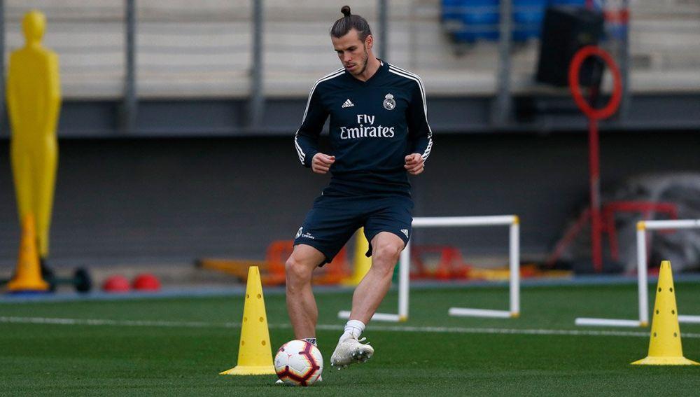 Gareth Bale se entrena con el Real Madrid