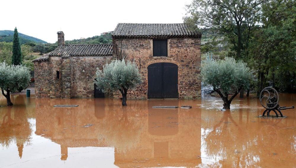 Imagen de una zona afectada por las inundaciones en el río Argens