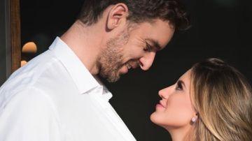 Pau Gasol, con su prometida Cat McDonnell