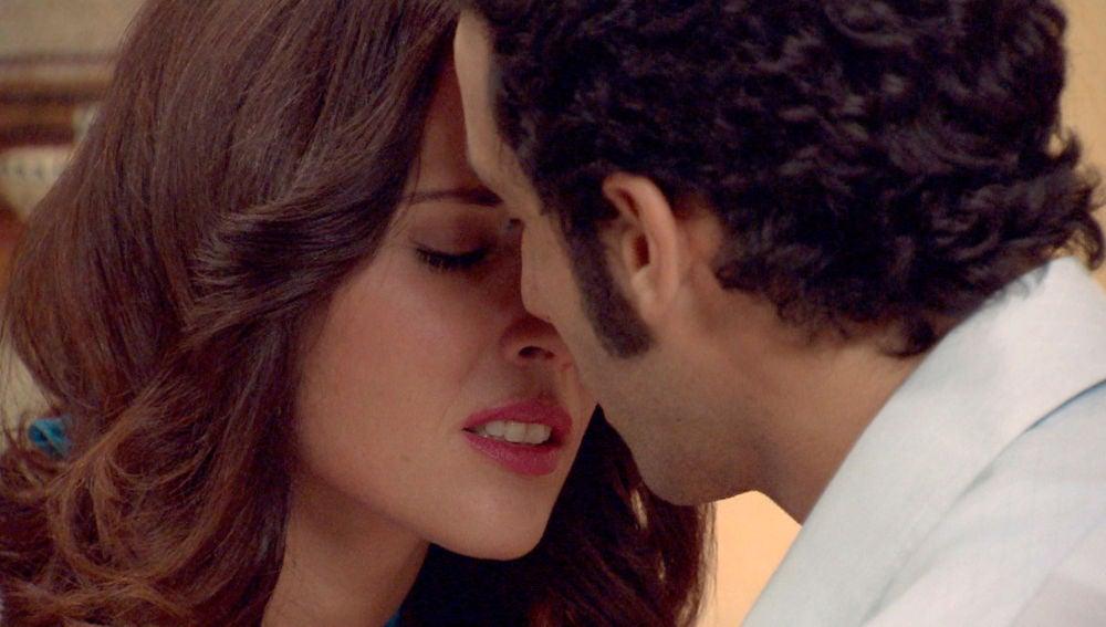 Patricia se lanza a besar a Ignacio