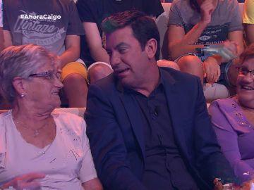 """Un hombre del público, celoso de Arturo Valls: """"Es la segunda vez que te sientas al lado de mi mujer"""""""
