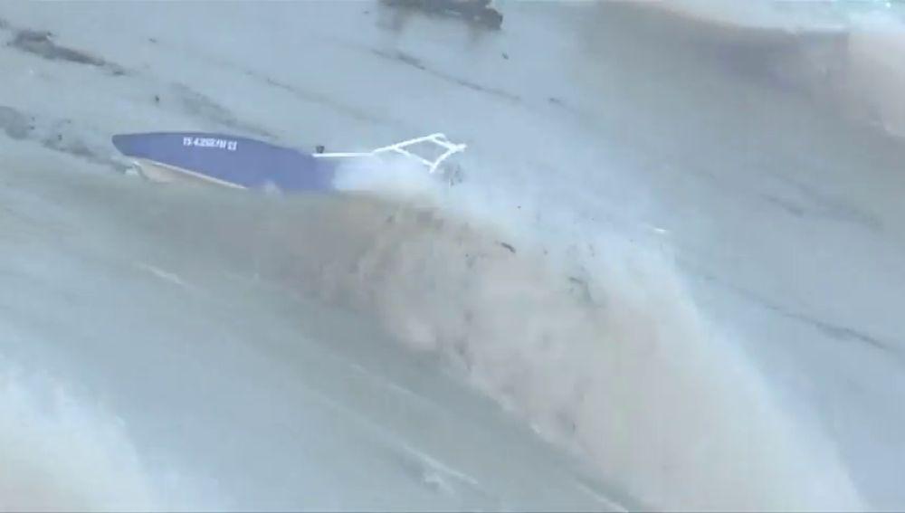 Desalojan a cientos de personas en Texas por las inundaciones producidas por la crecida del río Colorado