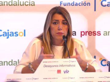 """Susana Díaz: """"Durante cinco años no ha habido una mácula ni una mancha en este Gobierno"""""""