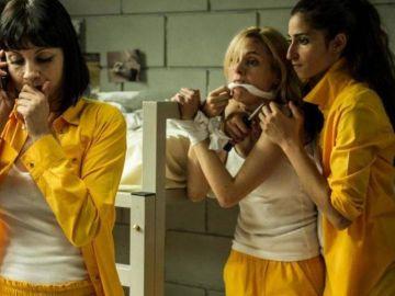 Najwa Nimri, Maggie Civantos y Alba Flores en 'Vis a vis'