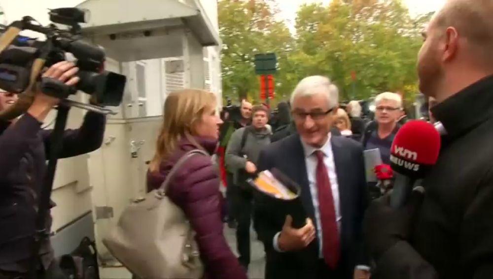 """El presidente de Flandes, califica de """"acto hostil"""" la decisión de retirar el estatus de diplomático a su delegado"""