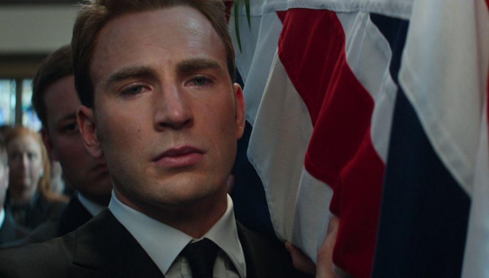 Chris Evans como Steve Rogers