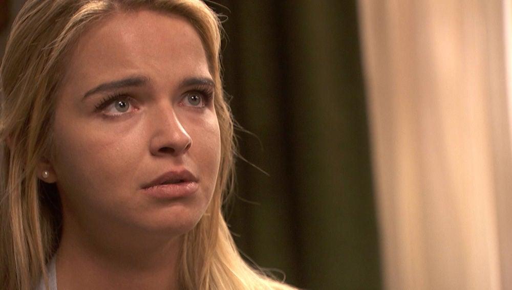 Isaac rompe el corazón de Antolina dejándole ver sus sentimientos