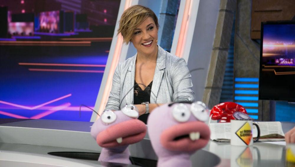 Cristina Pardo muestra a Jordi Évole el extraño discurso de Dolors Montserrat en el Congreso
