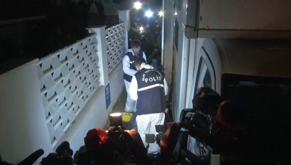 La policía turca termina registro de residencia del cónsul saudí en Estambul por el asesinato del periodista Jamal Khashoggi