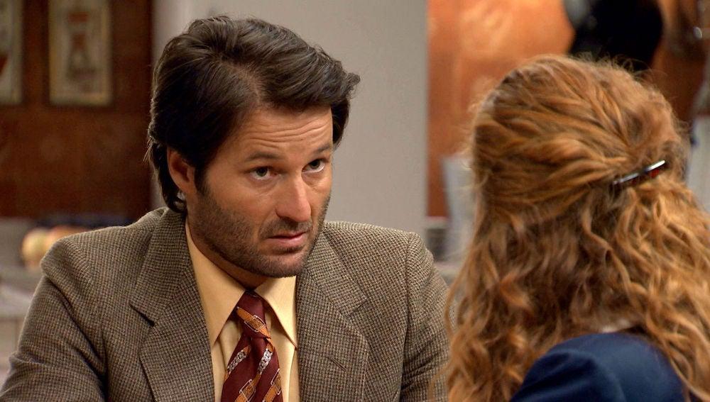 Gabriel le confiesa a Natalia la razón por la que se alejó de su familia