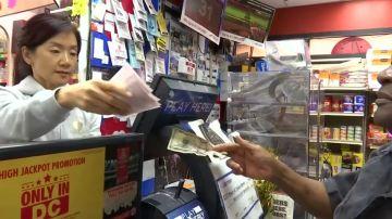 La fiebre de la lotería se ha desatado en Norteamérica: 868 millones de dólares para el boleto ganador
