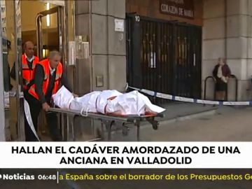 Encuentran el cadáver de una mujer de 75 años amordazado en su vivienda de Valladolid