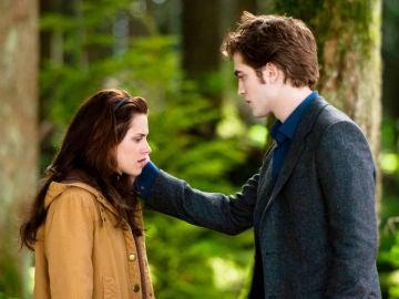 Robert Pattinson y Kristen Stewart en 'Crepúsculo'
