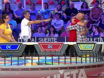 La increíble suerte de un concursante que consigue todos los gajos de 'La ruleta de la suerte'