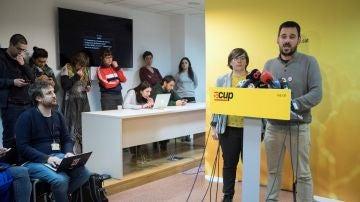 Lluc Salellas y Mireia Boya comparecen en la sede de CUP