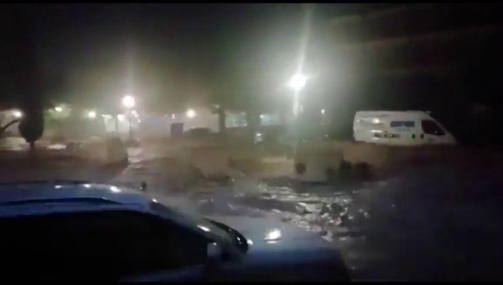 Las fuertes lluvias causan estragos en Campillos, Málaga