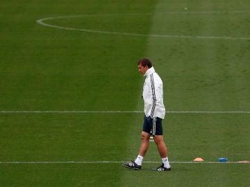 Lopetegui, durante un entrenamiento del Real Madrid
