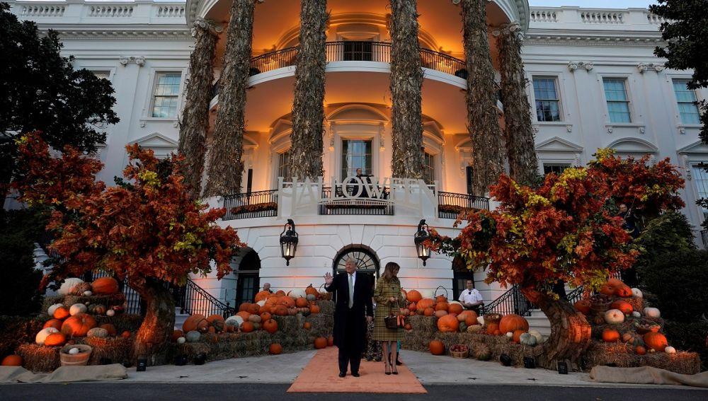 Imagen de la Casa Blanca celebrando Halloween