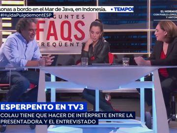 El disparatado momento en el que Ada Colau traduce la entrevista al exalcalde de Medellín tras la negativa de la presentadora de TV3 a hablar en castellano