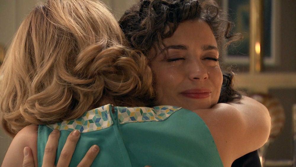 """Amelia consigue animar a Luisita: """"Eres el sol que ha venido para iluminarnos a todos"""""""