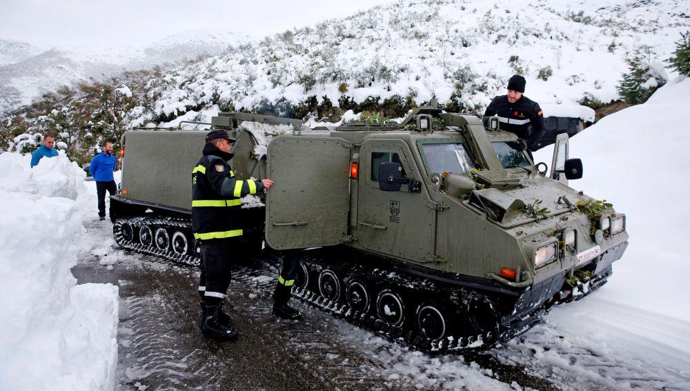 Los 120 efectivos de la Unidad Militar de Emergencias trasladados a Asturias