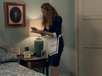 Natalia descubre el gran secreto que esconde Carlos de la Vega