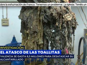Retirar las toallitas que tiramos por el baño del alcantarillado le cuesta a Valencia 8,5 millones de euros al año