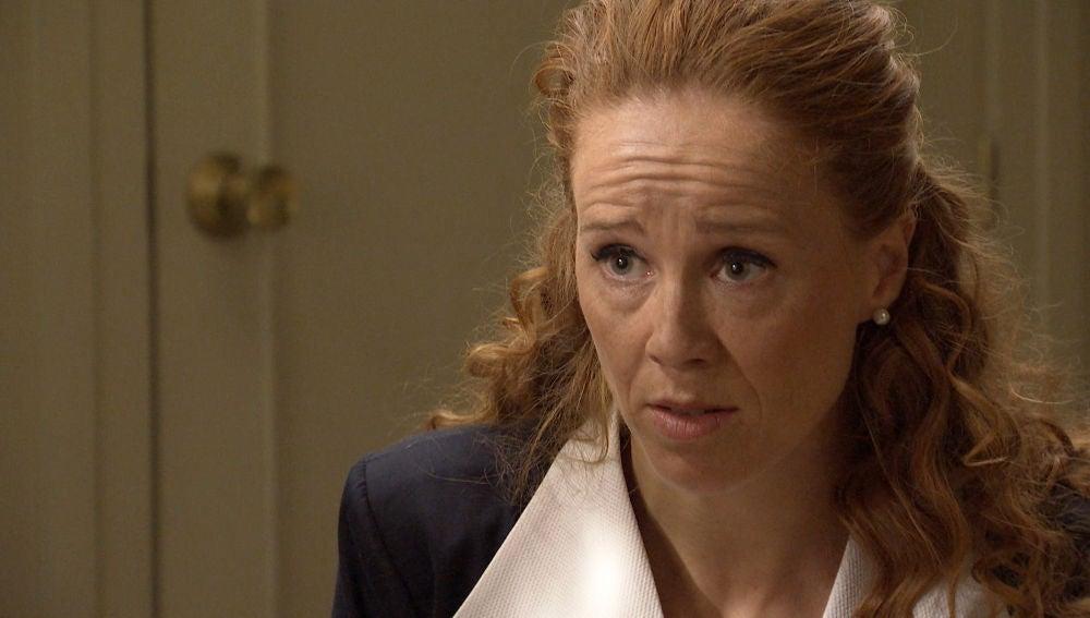 Natalia tiene claro quién asesinó a Cova y piensa demostrárselo a Gabriel
